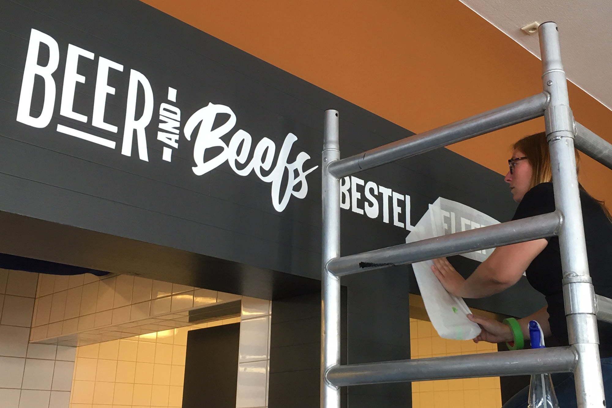 Questo - Nieuws - Signing Beer and Beefs